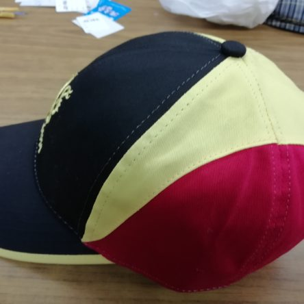 国旗カラー帽子
